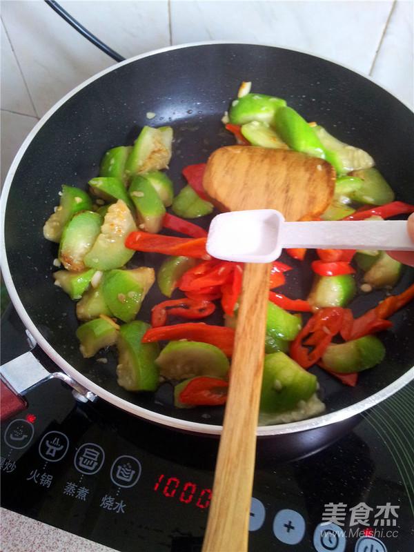 辣椒炒丝瓜怎么做