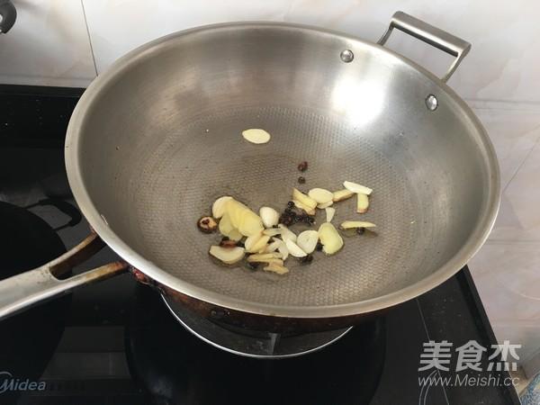 豇豆炒肉的简单做法