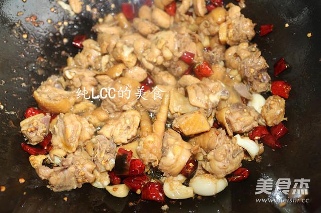 干辣椒炒鸡肉怎么做