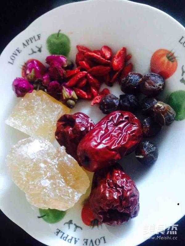 红枣桂圆银耳汤的家常做法
