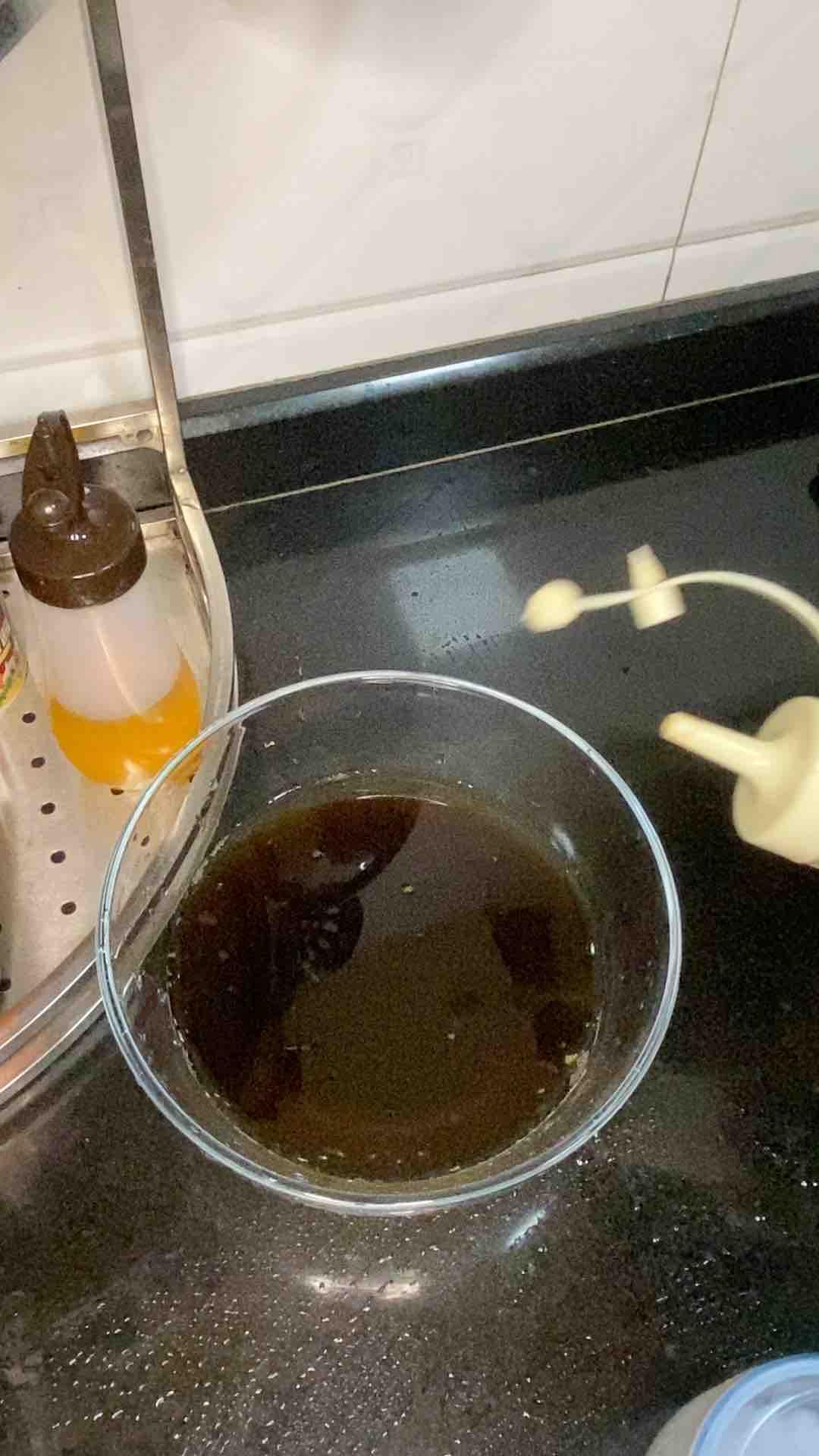 三鲜水饺,蘸万能酱汁很美味怎么吃