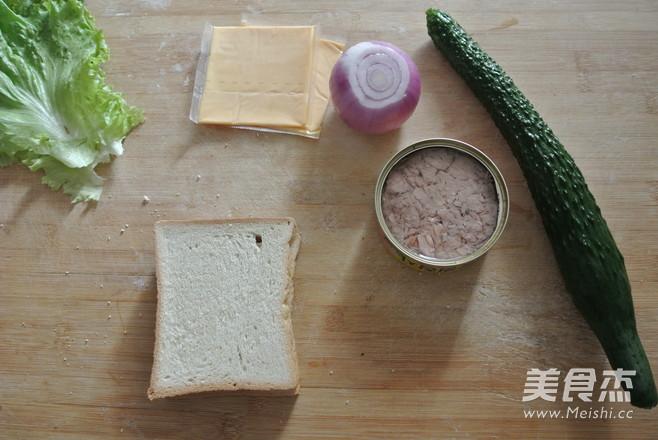金枪鱼三明治的做法大全