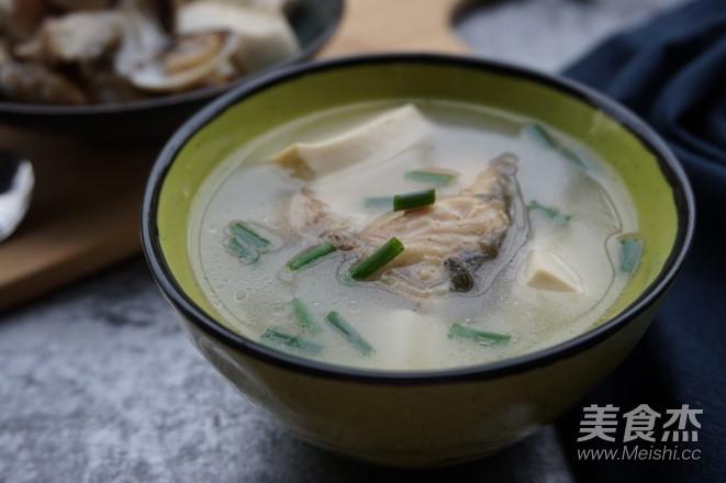 白贝鱼头豆腐汤怎么煸