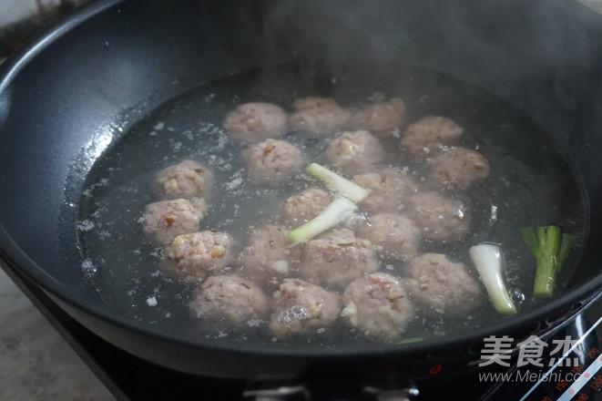 萝卜丝肉丸汤怎么炒