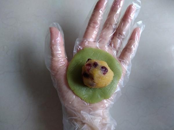 果蔬桃山月饼怎么煮