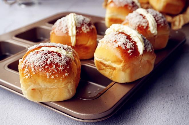 小版椰蓉奶油面包怎样煸
