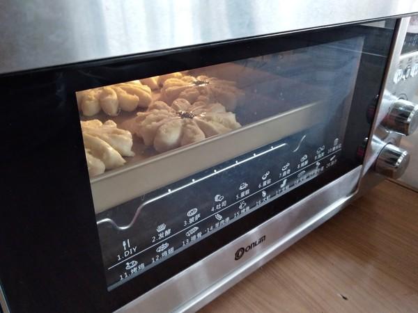 椰蓉花朵面包的制作大全