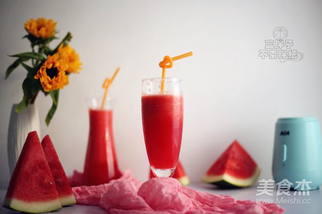 超解渴的鲜榨西瓜汁的步骤