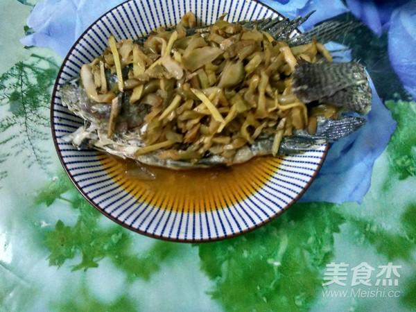榨菜蒸罗非鱼怎么炒