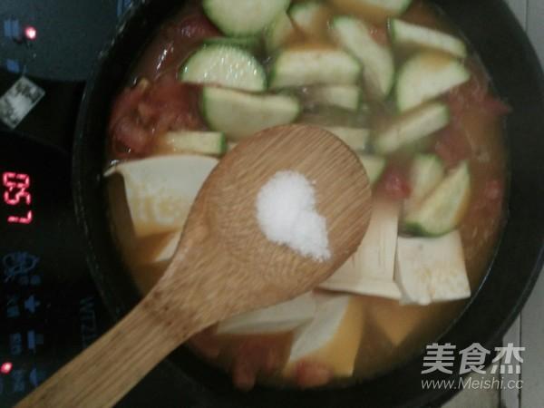 彩色酸汤面怎么煮