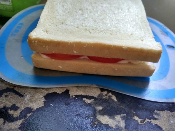 番茄火腿三明治的简单做法