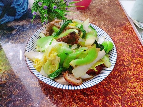 杂蔬炒烧鸭成品图