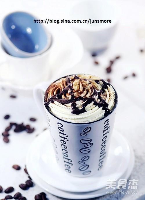 罗罗拿铁咖啡成品图