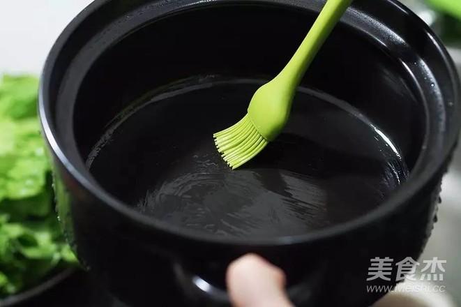 广式腊肠煲仔饭的家常做法