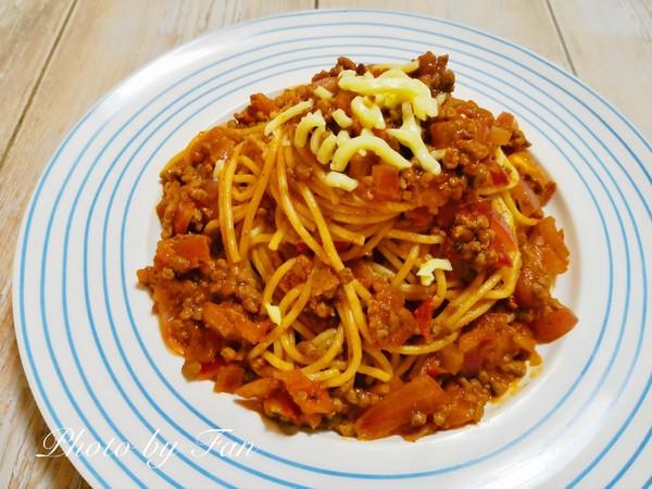 意大利人的最爱:经典番茄肉酱意面怎样煸