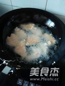 锅包肉怎么煮