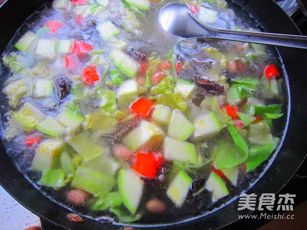 西安名小吃  肉丸胡辣汤的简单做法