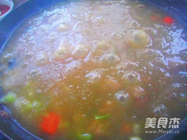 西安名小吃  肉丸胡辣汤怎么吃