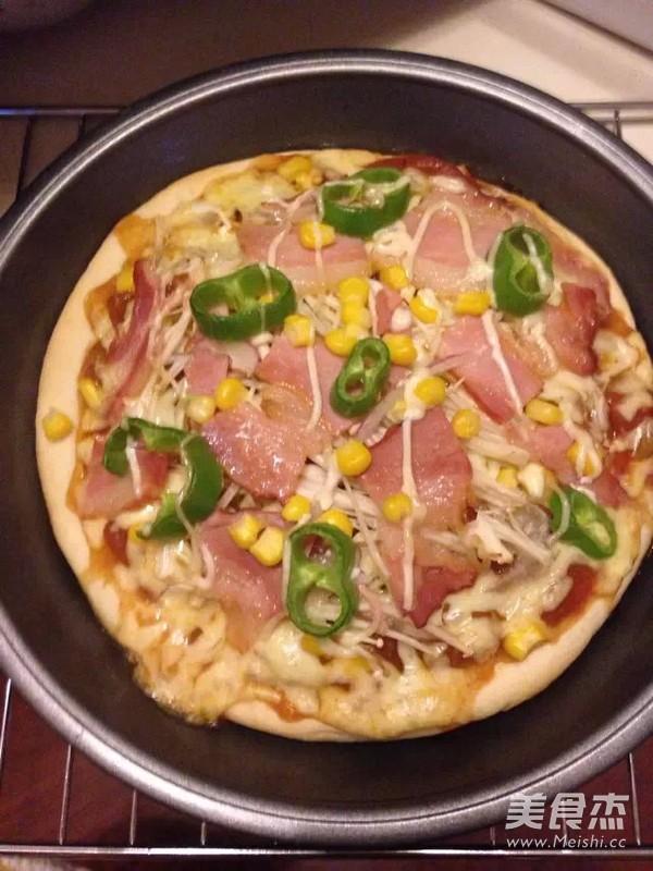 培根披萨怎么吃