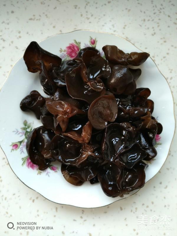 尖椒炒鹌鹑蛋的简单做法