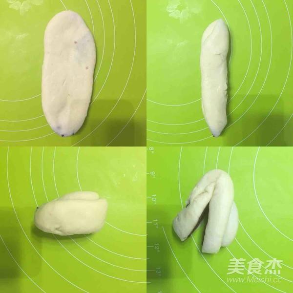 心形豆沙面包怎么炖