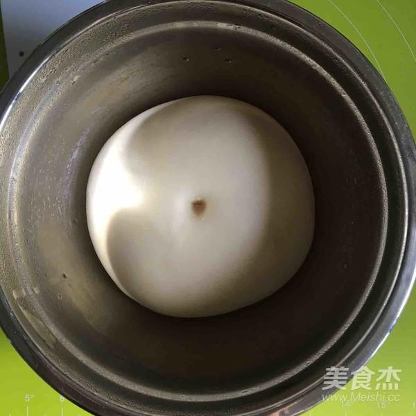 椰蓉葡萄干面包卷怎么煮