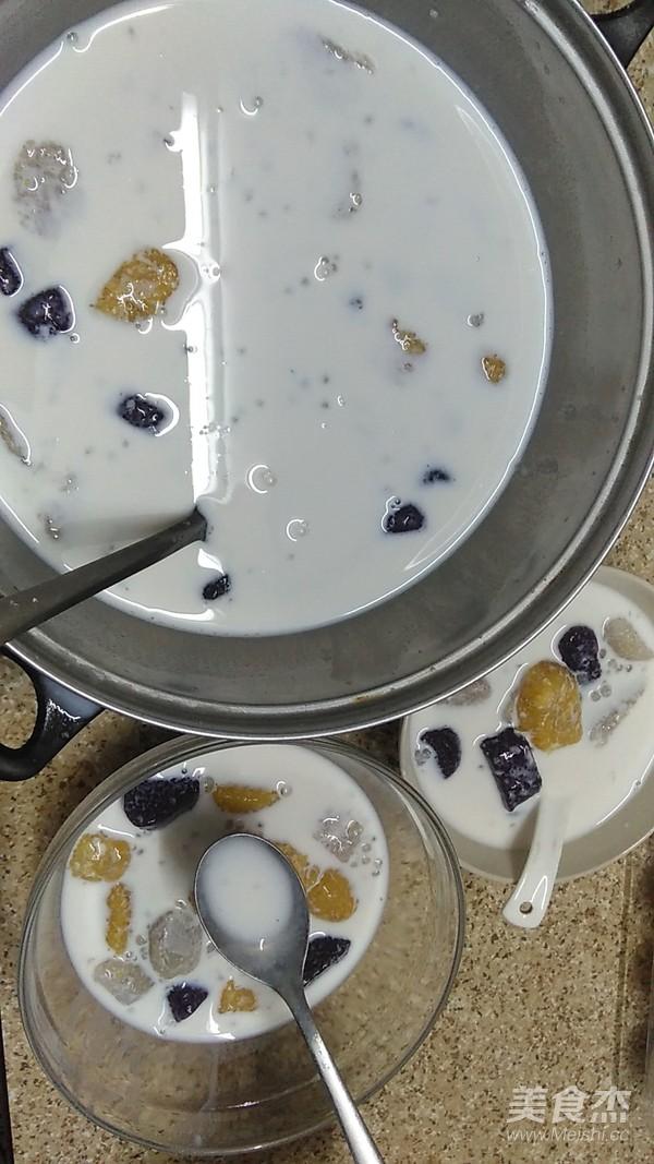 三色芋圆牛奶西米露怎么煮