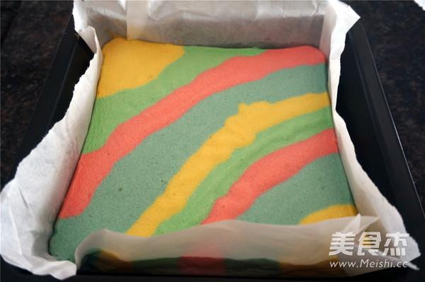 彩虹蛋糕卷怎么煸