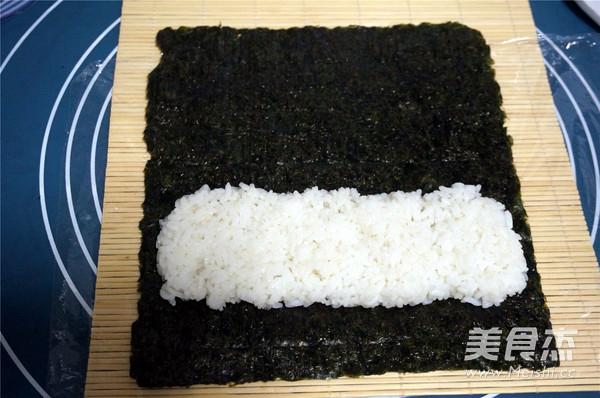 军舰寿司怎么吃