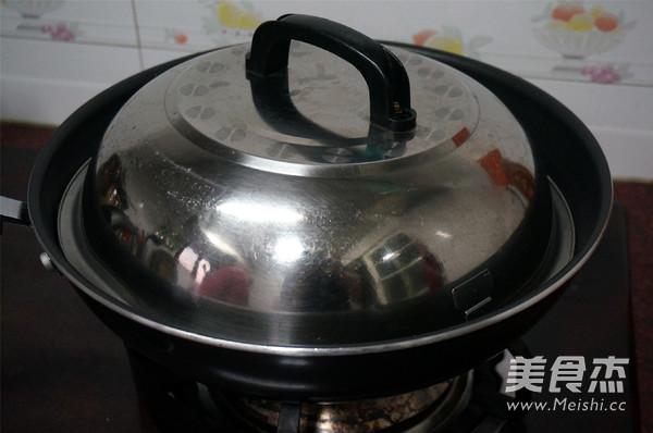 烧肉香芋煲怎么煮
