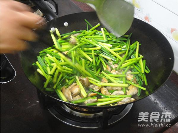 韭菜苔炒蚌肉怎么吃