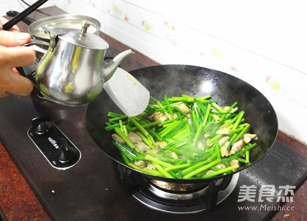 韭菜苔炒蚌肉怎么炖