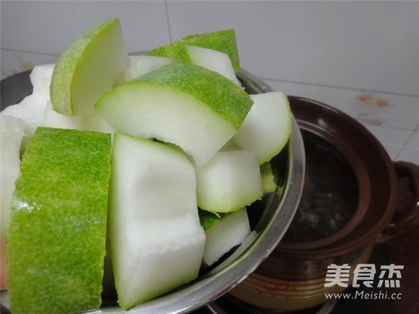 节瓜薏米煲猪骨怎样做