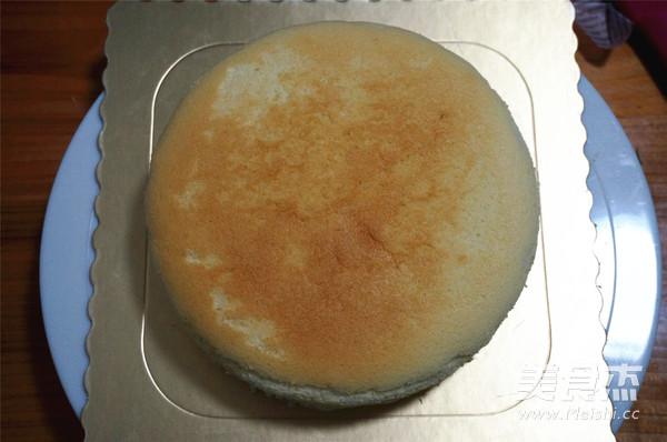粉嫩酸奶生日蛋糕怎样做