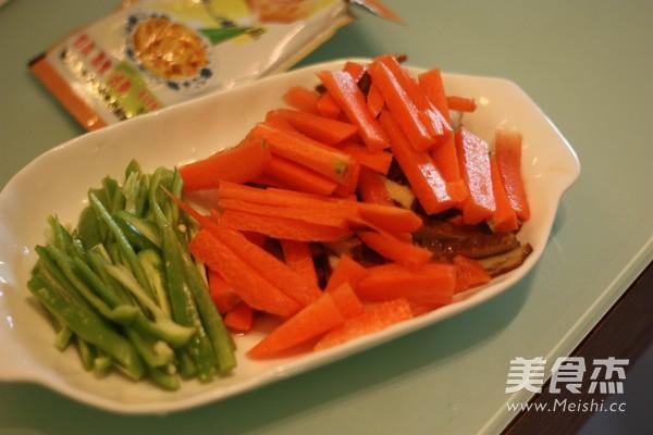 香干胡萝卜炒肉丝的家常做法