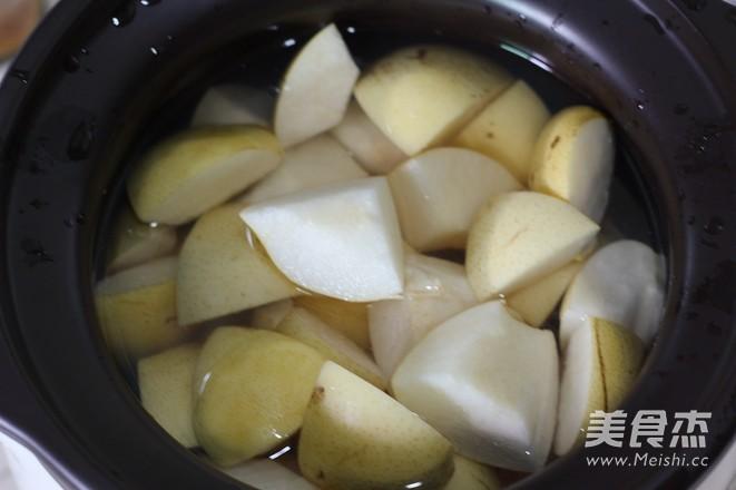 雪梨南北杏猪骨汤的简单做法