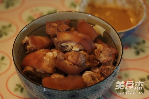红烧腐乳猪蹄的家常做法