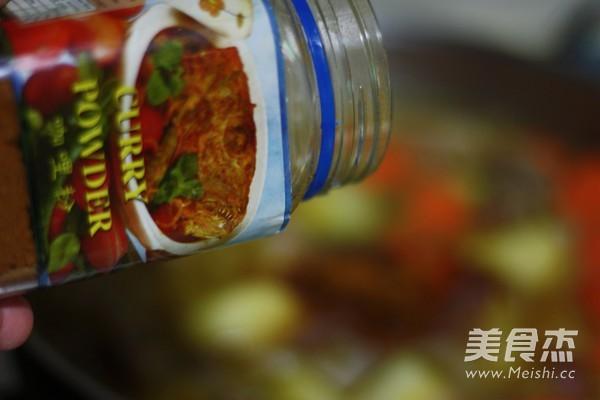 咖喱土豆牛腩的制作