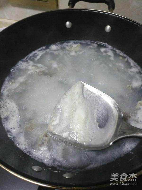 黄瓜皮蛋汤的简单做法