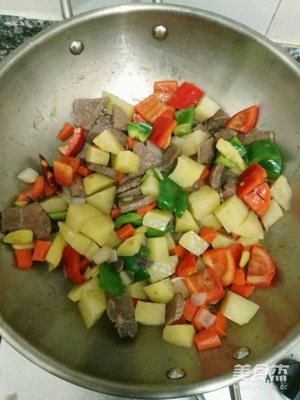 咖喱牛肉的步骤