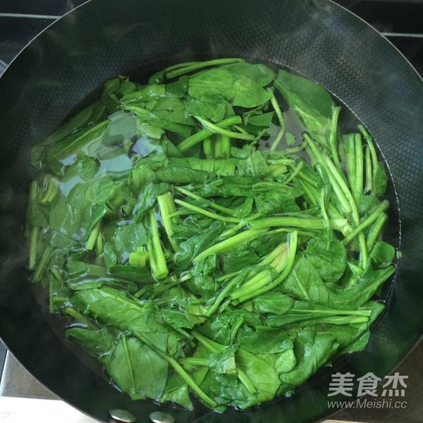 芥末拌菠菜的简单做法