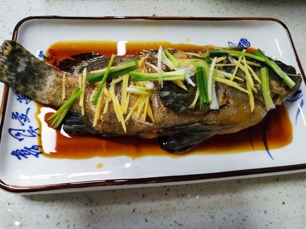 清蒸石斑鱼怎么吃