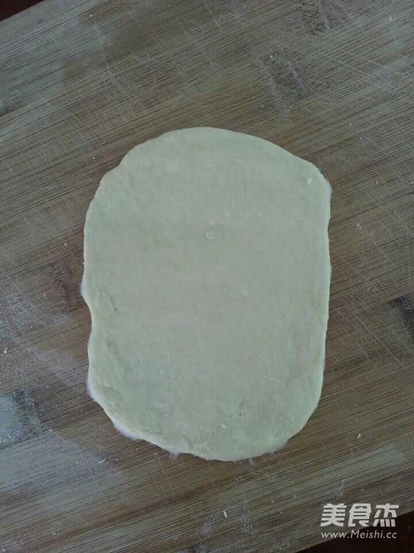 毛毛虫面包怎么吃