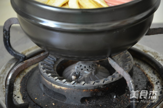 石锅拌饭怎样煸