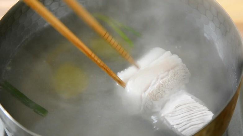 辣白菜炒年糕的家常做法