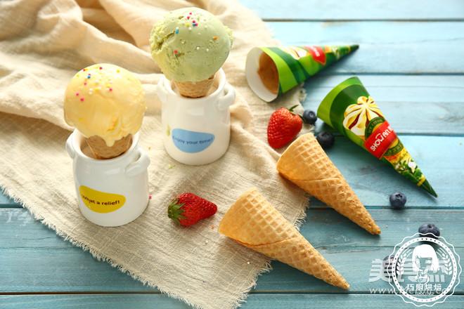 美味冰淇淋成品图
