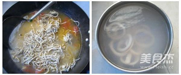 鸡汤鱿鱼面的简单做法