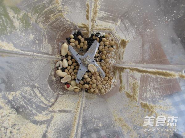 自制五谷豆浆粉怎样炒