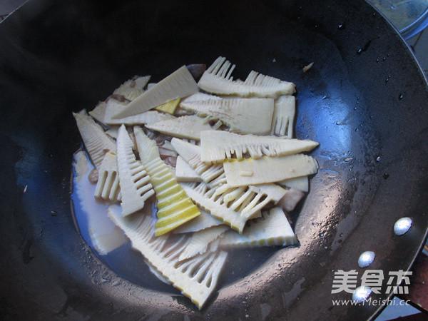 香椿炒春笋怎么煮