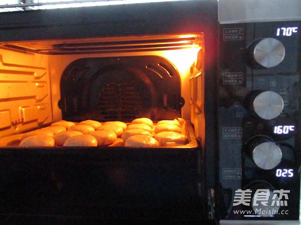 梅干菜酥皮月饼的制作方法